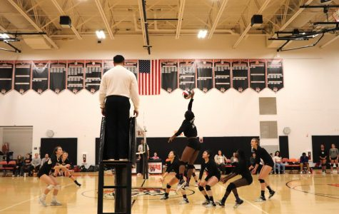 Girls Volleyball Falls to Newton in State Tournament Semi-Finals