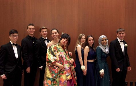 Prom 2018: Dancing, Bonding, and