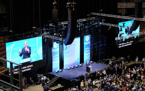 Cory Booker speaking at the New Hampshire Democratic Party Convention.